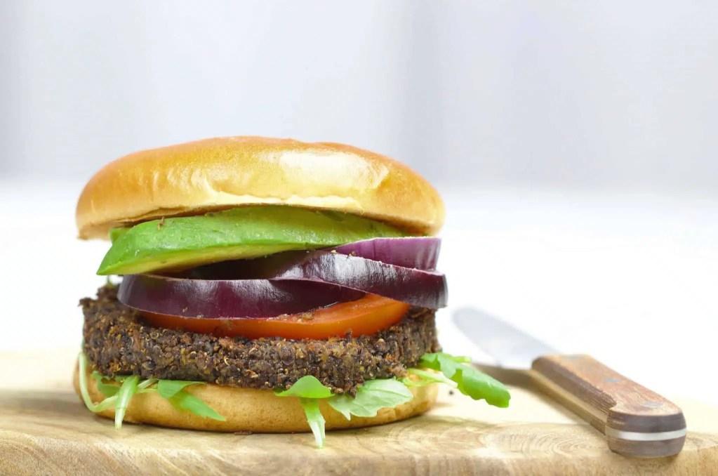 Black quinoa burger (black beans, carrots) VEGAN