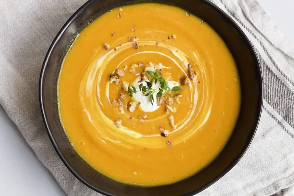 The perfect spicy pumpkin soup for autumn lunch.