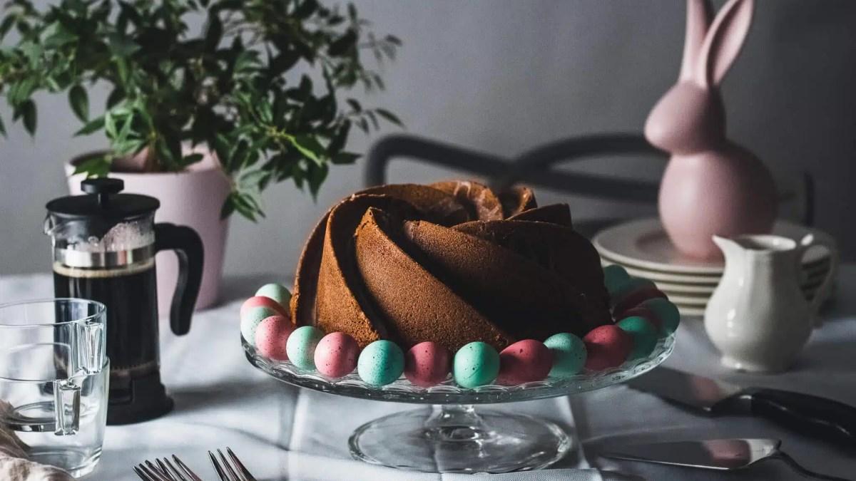 Easy to make Easter Saffron Bundt Cake