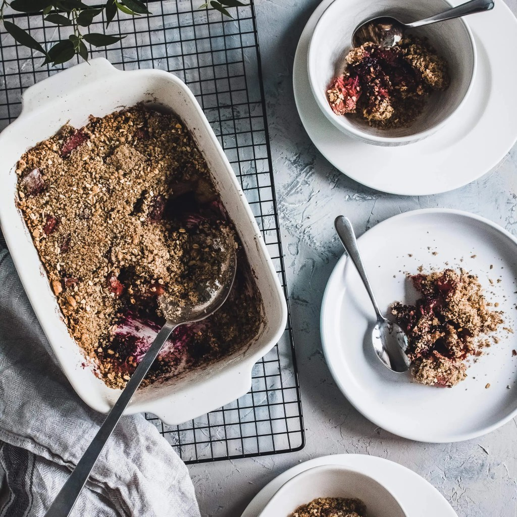 Perfect rhubarb under butter coffee crumble.