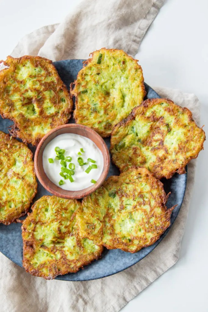 Easy 6 ingredients crunchy Zucchini and Potato Fritters to enjoy with your family on weekends while watching Crocodile Dundee. 3