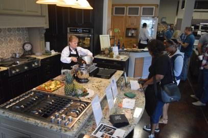 chef vance crowd 1000px