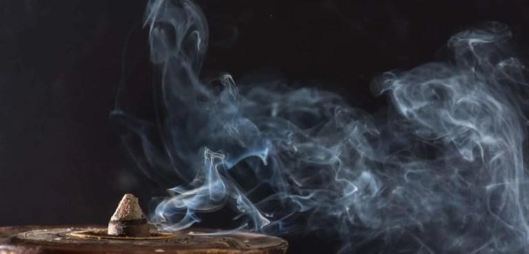Nado Poizokhang incense powder burning