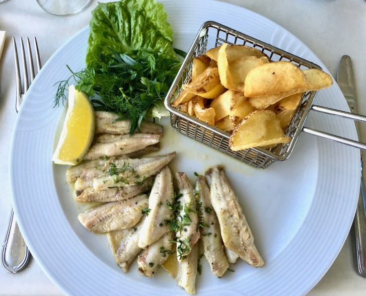 Filet de Perch from Lac Leman for lunch!