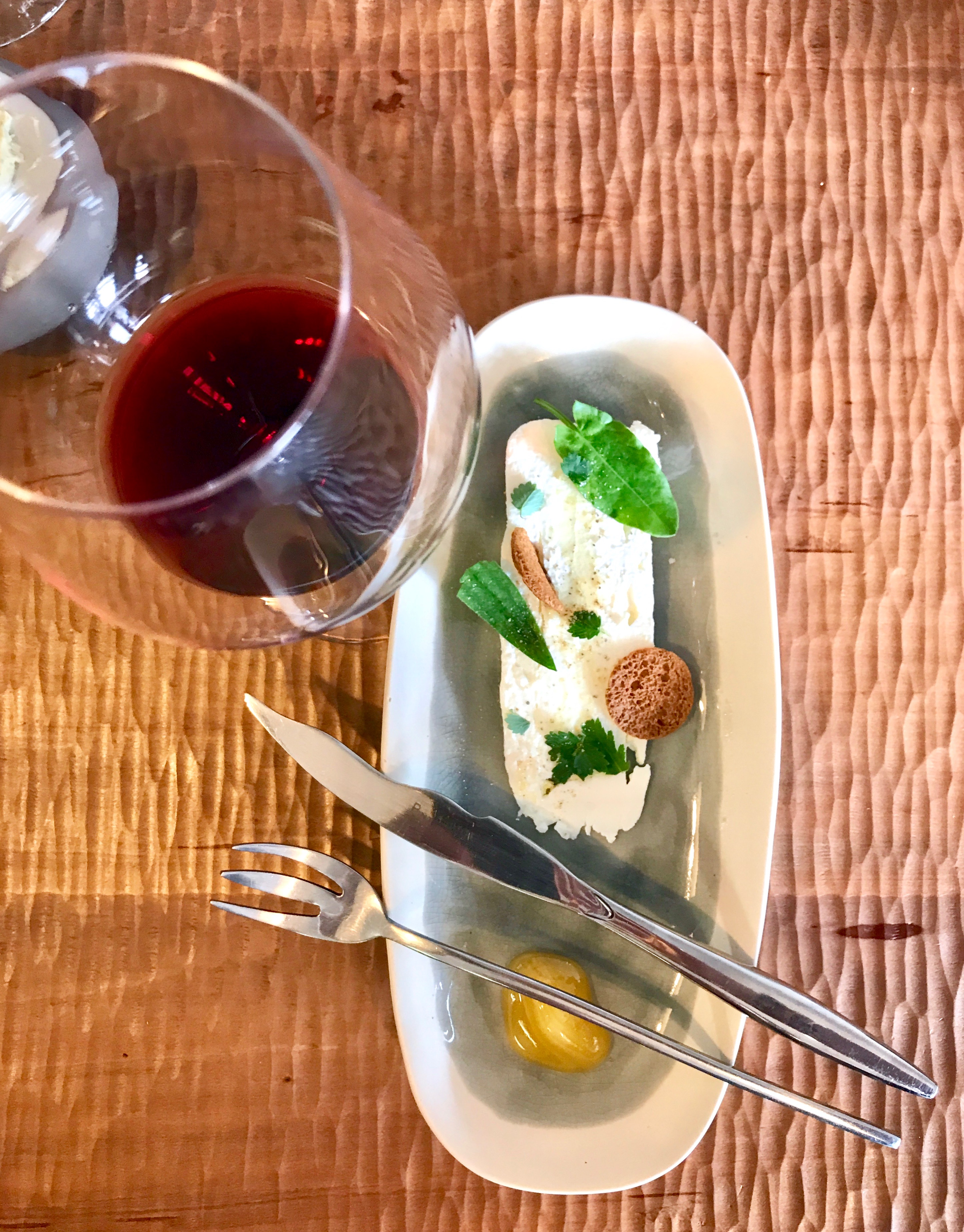 Fromage Cuisine with a glass of AOC Maranges