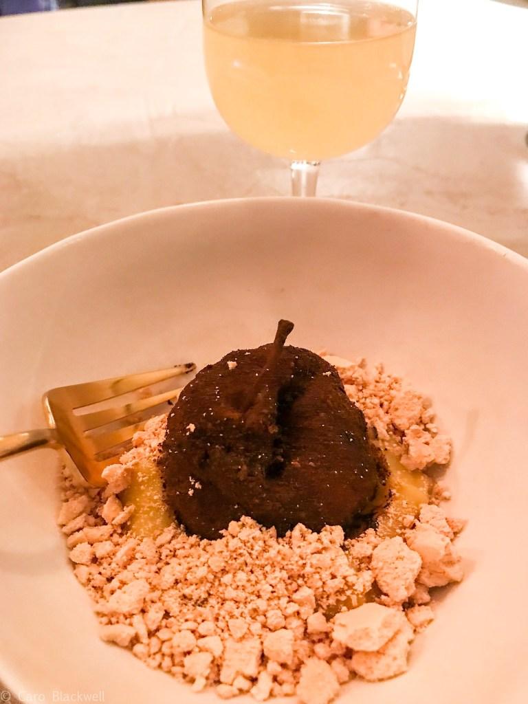 pomme noire, kaki and meringue de pin served with Kombucha tea