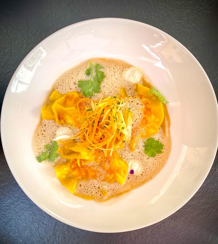 Ravioles de Gambas, Bouillon Thai au lait de coco