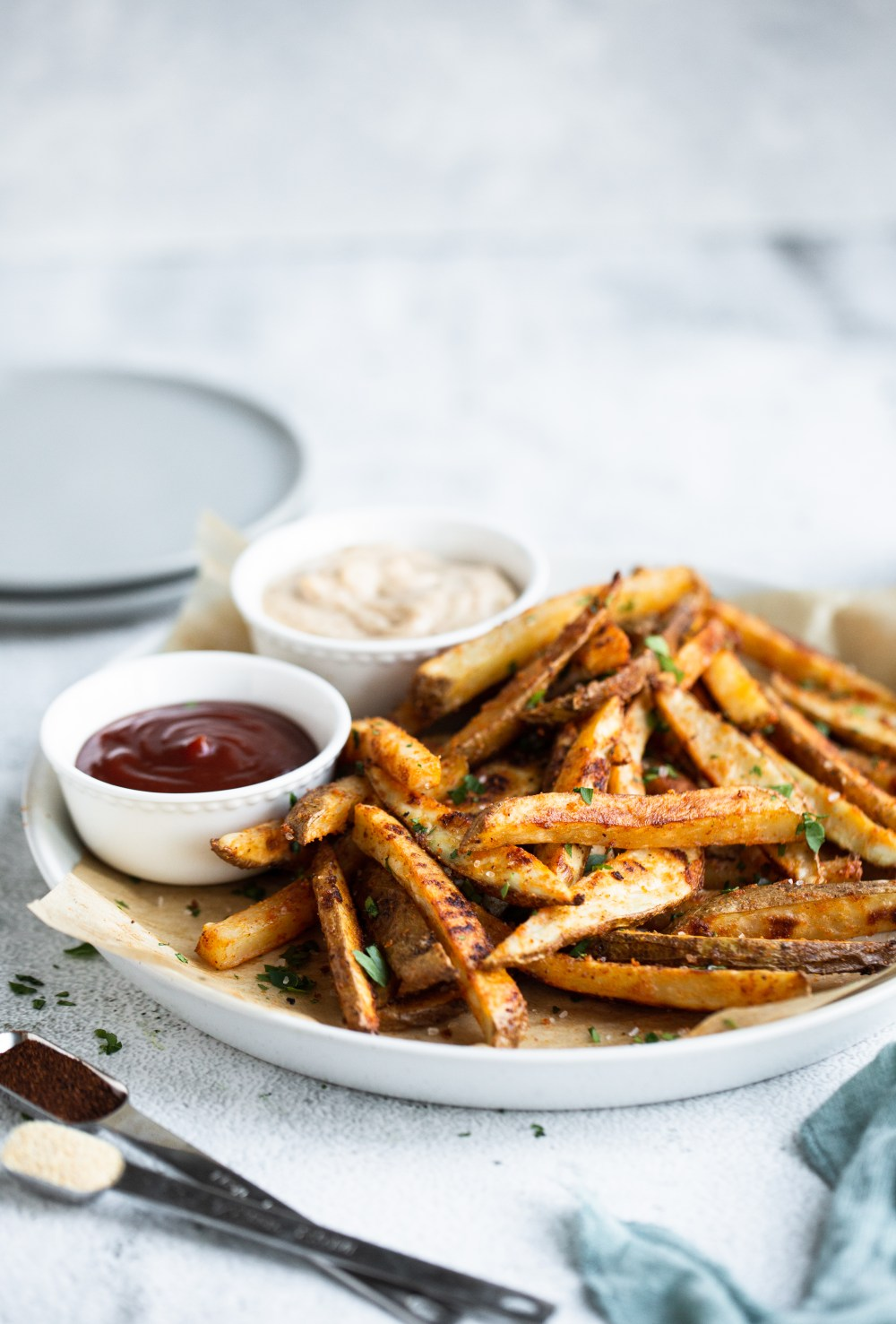 spicy baked French fries