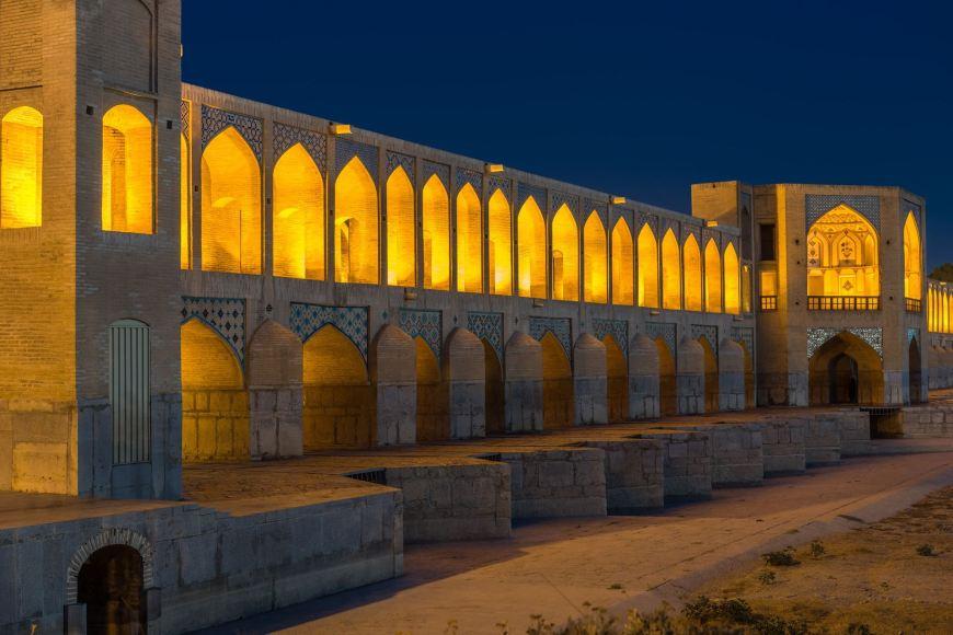 Bro over floden i Isfahan
