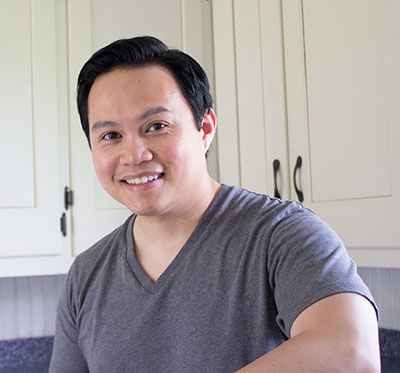 Mark Kensington - Tastierr.com