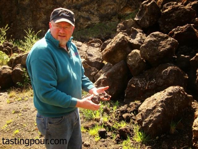 John Wrigley describes soils at J Wrigley Vineyards
