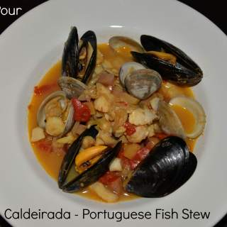 Portugal's Green Wine with Stew Fresh from the Sea #winepw