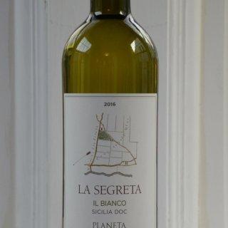 Planeta La Segreta Bianco 2016 Sicily