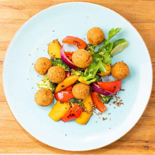 Sesam Falafel Mango Paprika Brokkoli 01