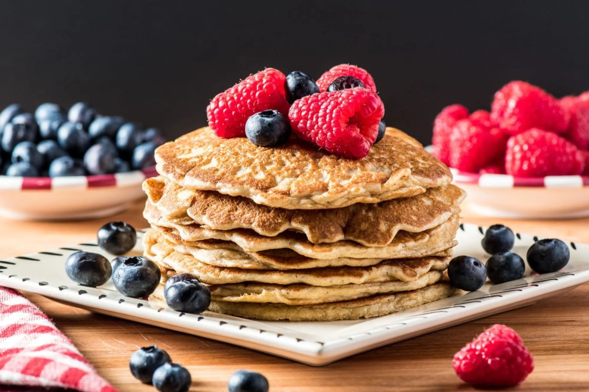 Low Carb Cinnamon Pancakes