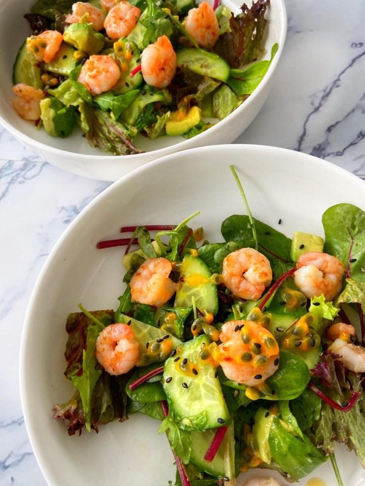 Salade met garnalen en passievrucht