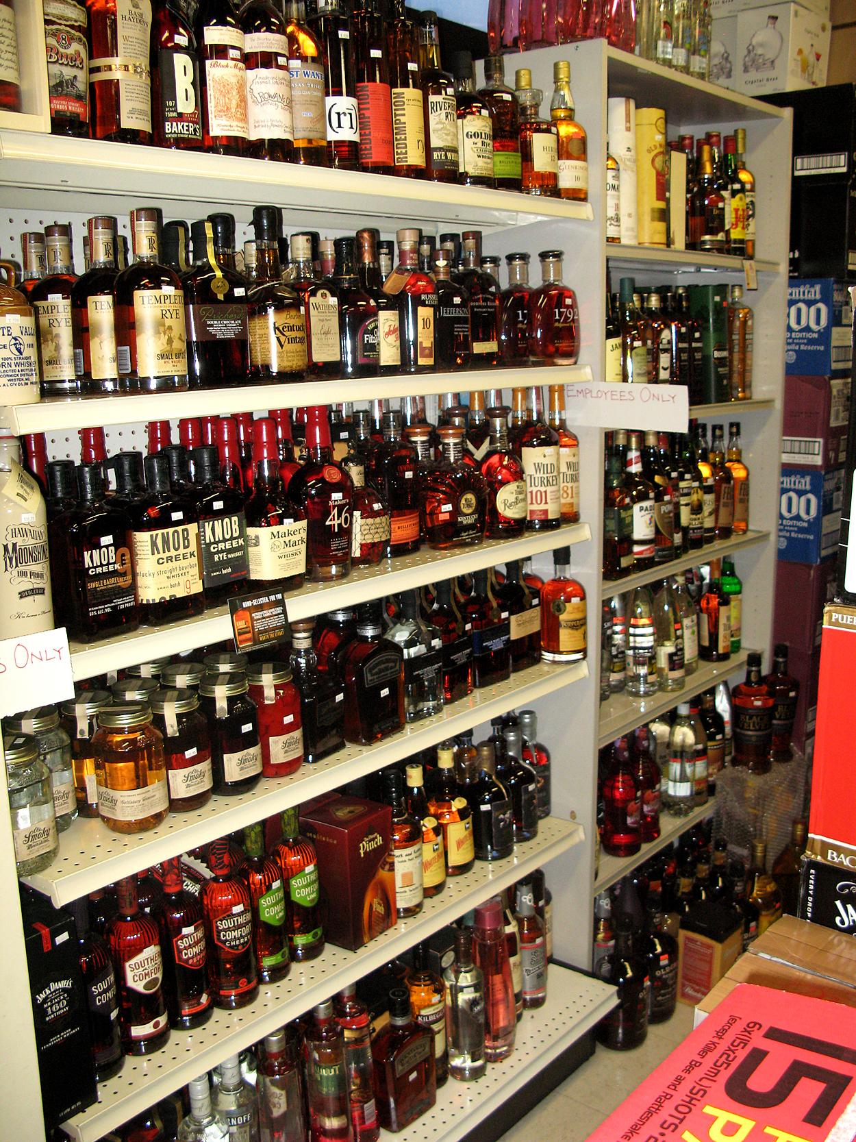 17 Hundred Bottles of Rum on the Wall at Ewa Pantry – Tasty Island