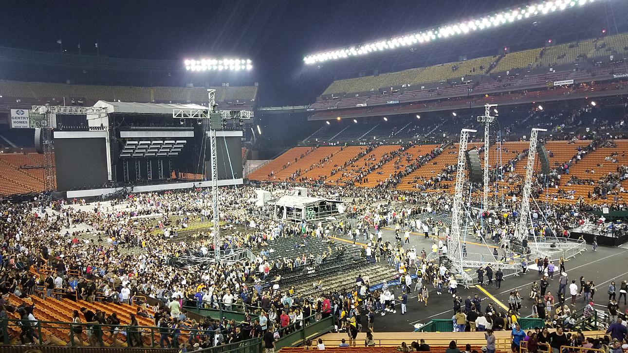 Bruno Mars 24k Magic @ Aloha Stadium concert review – Tasty