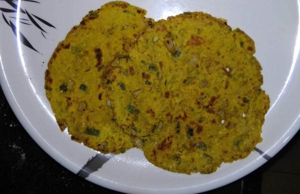 Thalipeeth spicy paratha
