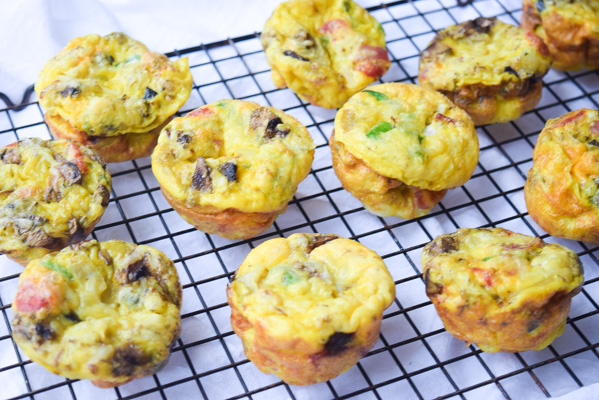 supreme pizza omelet muffins