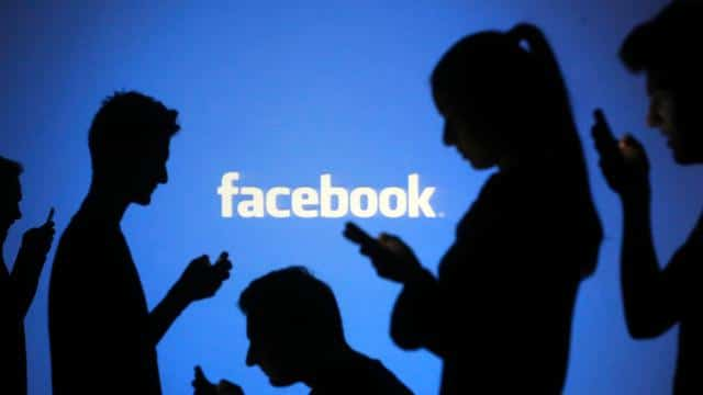 Facebook Fights for likes after Black Year