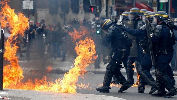 Hundreds Arrested After Paris Protests