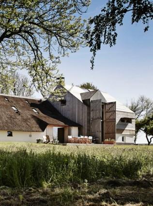 The-Barns-by-Sander-Architecten-3-600x809