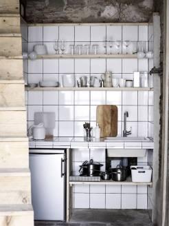 camellas-lloret-maison-dhotes-carcassonne-summer-cabin-kitchen