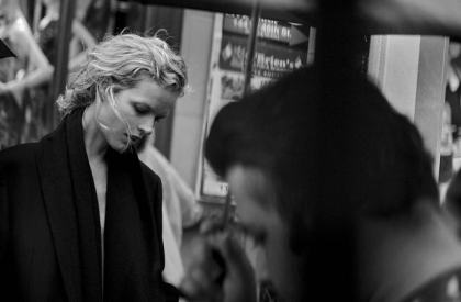 walking-by-peter-lindbergh-for-vogue-italia-october-2016-31