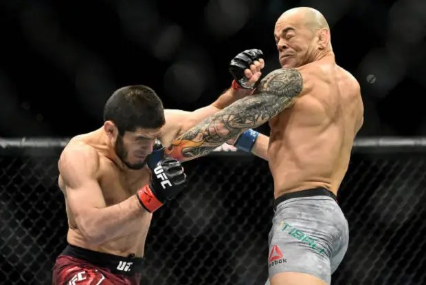 Em sua volta ao UFC, Gleison Tibau foi nocauteado por Makhachev (Foto: Getty Images)