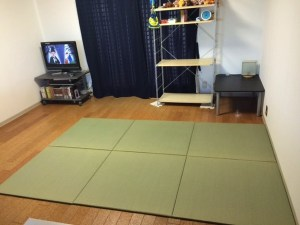 畳を敷くと雰囲気がだいぶ変わりますね!