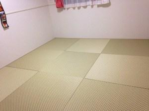 市松柄の畳でお部屋が和モダンに