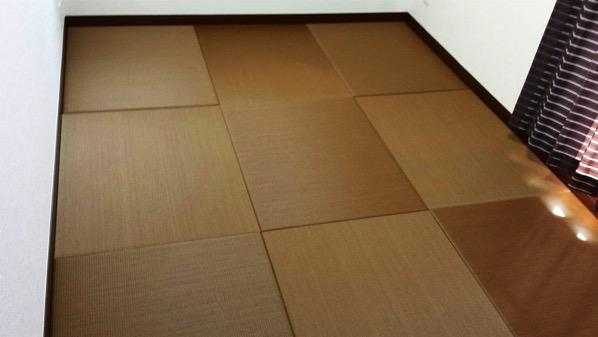 ブラウンの畳 フローリングと同じ色