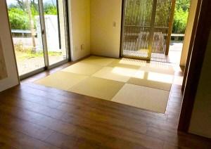 バリアフリーのリビングルームにサイズオーダー畳で厚みを調整して設置 鹿児島県