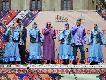 Народы России представили свою культуру на празднике Новруз в Баку