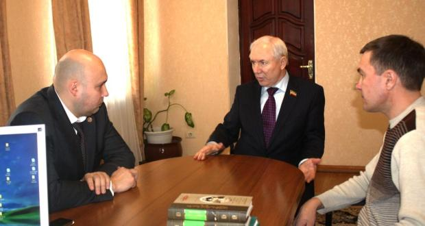 Rinat Zakirov took Permanent Representative of the Republic of Tatarstan in the Republic of Crimea Ruslan Shayakhmetov