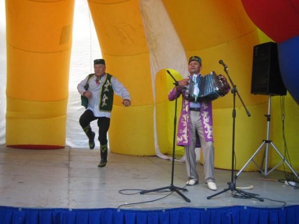 Ике виртуоз бер сәхнәдә:Чәгъвәр Касыймов һәм Әбүзәр Миңлебаев