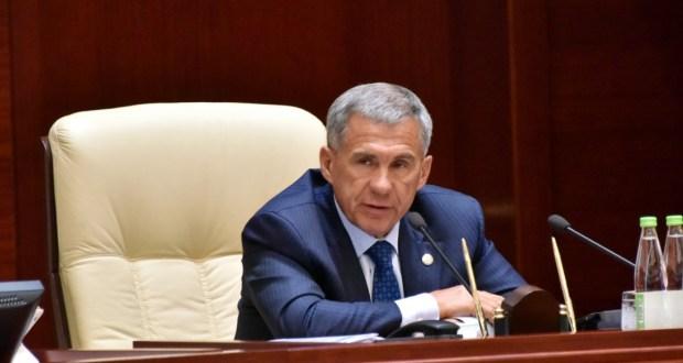 Минниханов ввел в Татарстане режим самоизоляции
