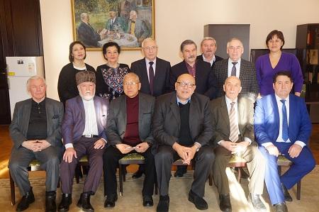 Татар язучылары Чыңгыз Айтматов турында истәлекләрен яңартты