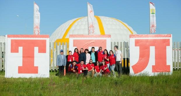 В Татарстане работает межрегиональный палаточный лагерь с речевой практикой по татарскому языку «Болгар-туган тел»