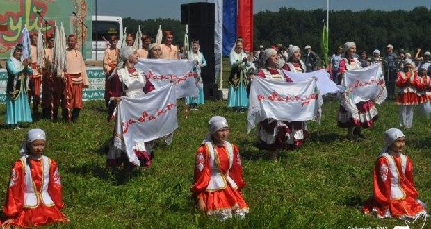 На областном Сабантуе в Ульяновске возродят старинный обряд и покажут концерт о футболе