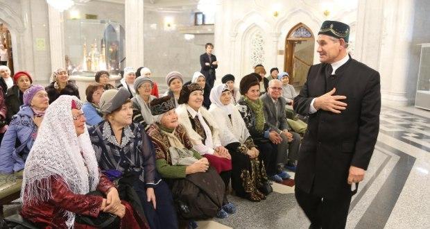 «Через татарский моң мы можем донести свою силу другим народам без всякого оружия»