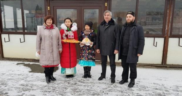 Vasil Shaikhraziyev on a working visit to the Far East