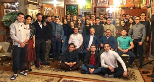 Депутат Государственной Думы Марат Бариев встретился с татарскими студентами Москвы