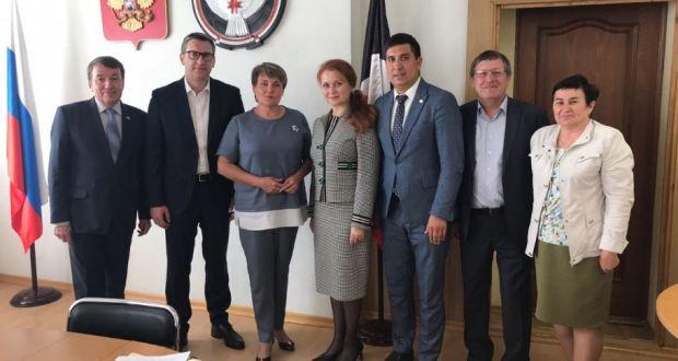 Подготовку к Международному конкурсу «Татар кызы – 2019» обсудили в правительстве Удмуртии
