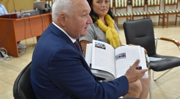 В Казани презентовали книгу «Движение во времени»
