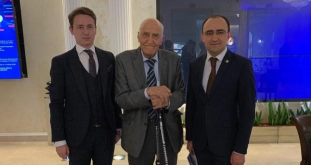 Флаг Татарстана передали в дар музею «Боевой славы»