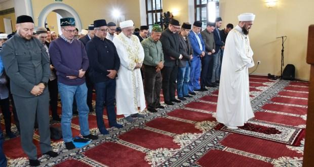 В Галеевской мечети прошел Курбан-байрам с участием Президента РТ