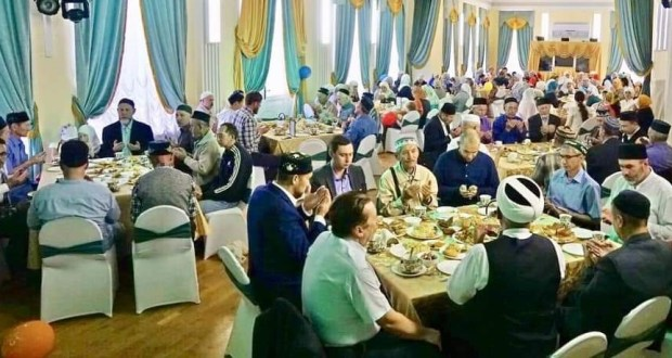 На Курбан-байрам татары Тюмени собрались вместе