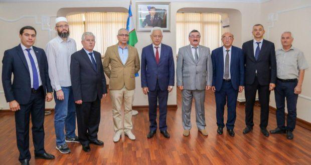 Делегация Института татарской энциклопедии и регионоведения АН РТ посетила Узбекистан